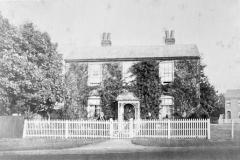 N4_0044_Rose_Cottage_1870