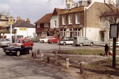 M4-0004_QUEENS_HEAD_CHISLEHURST_1969