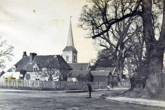 St_Nicholas_and_cottage