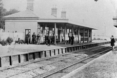 M5-0035_Chislehurst_Station